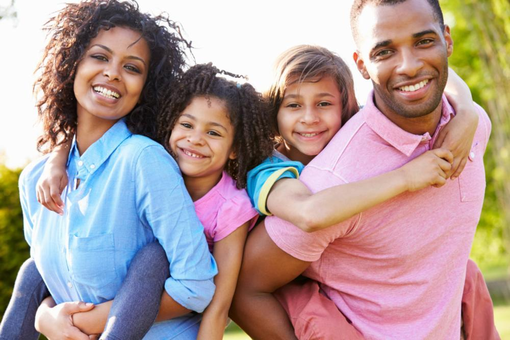 a family smiles | children's dentist raymond nh